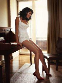 800x1067xbianca-lingerie-shoot7.jpg.pagespeed.ic.f9f0N0_k4s