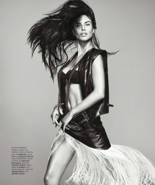 800x957xadriana-lima-photo-shoot-7.jpg.pagespeed.ic.UoWkvSqOoK