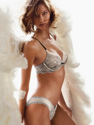 karlie-vs-angel-heavenly-scent2